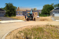 106-truman_20190604_omg-our-house-has-walls